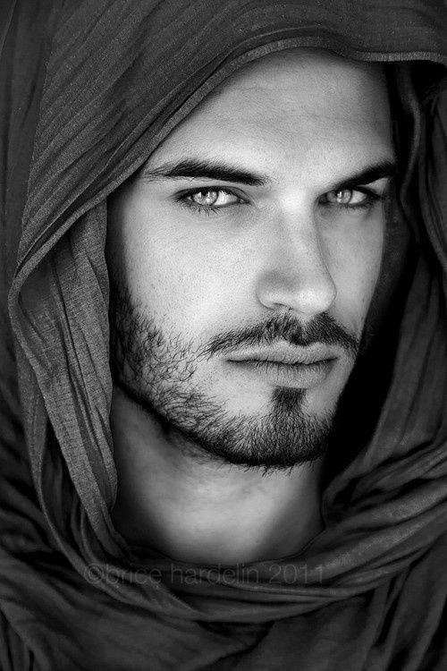 handsomeman