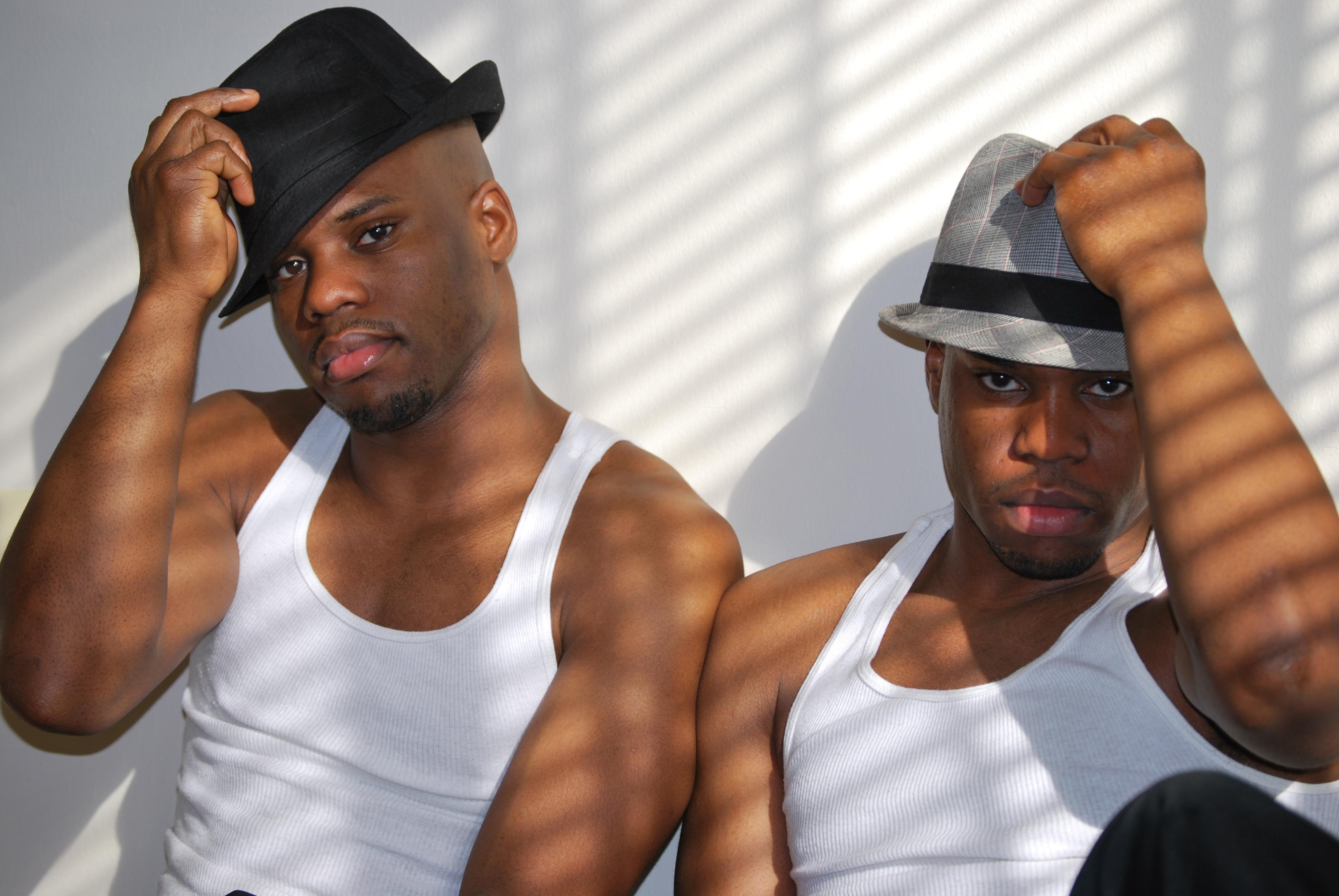 Super Twins, 2010